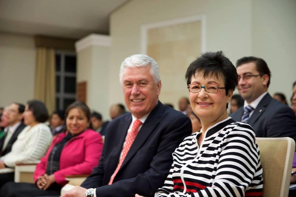 Presidente Dieter F. Uchdorft visita Cusco, Perú