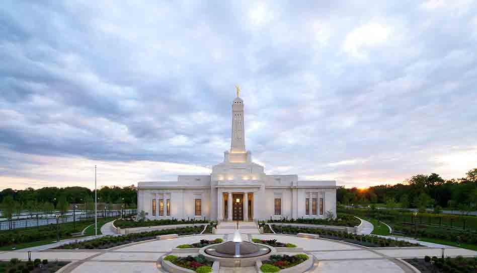 Se dedica el Templo de Indiana, Indianápolis