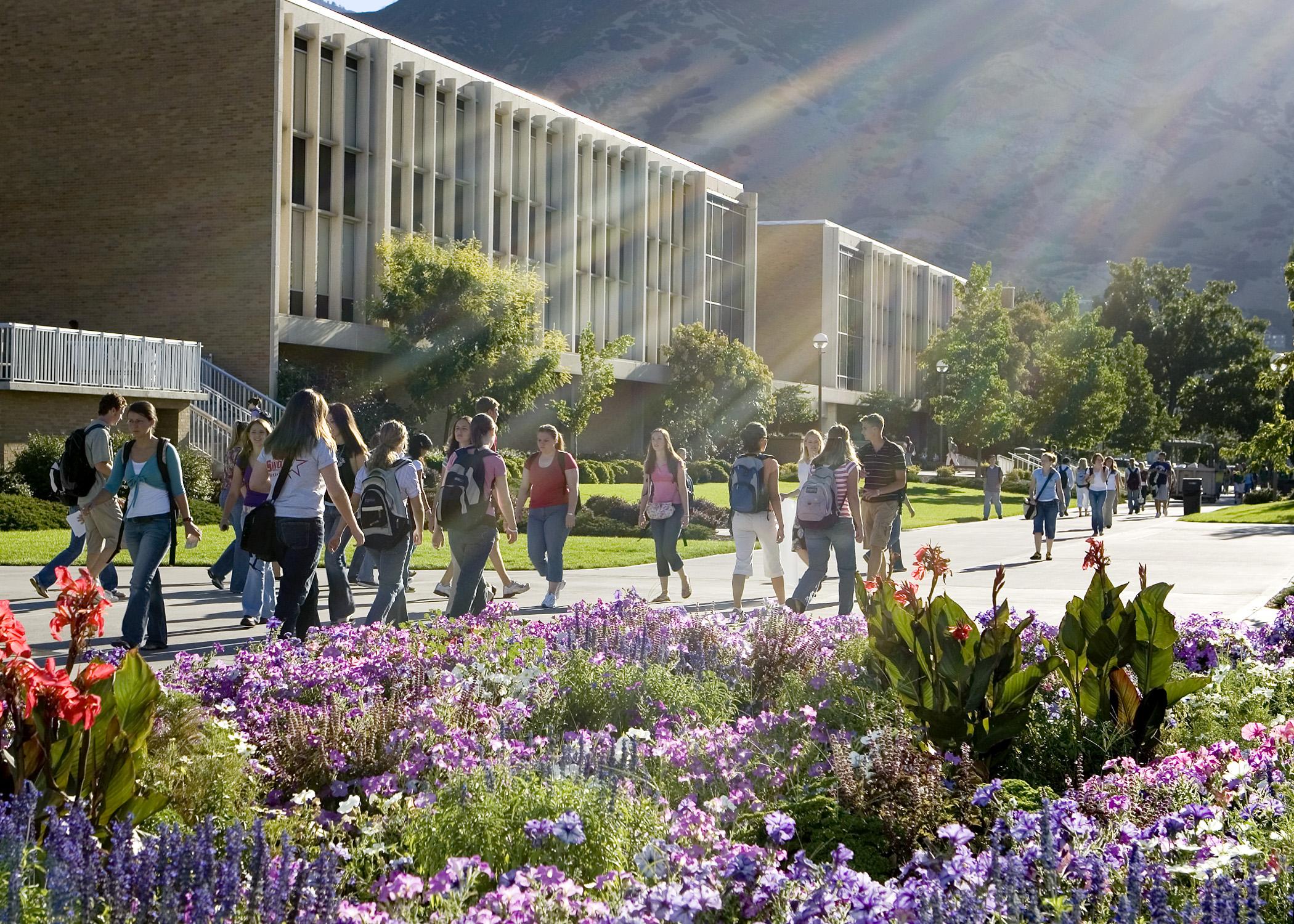 Se apertura Programa de Becas Cardon para estudiar el MBA en BYU