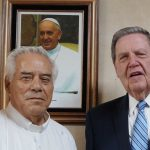 Apóstol mormón y Arzobispo catolico