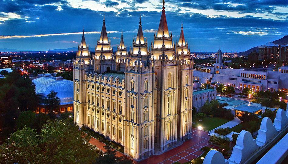 Mormones hablan sobre cambios en el manual de instrucciones sobre los hijos de parejas gays