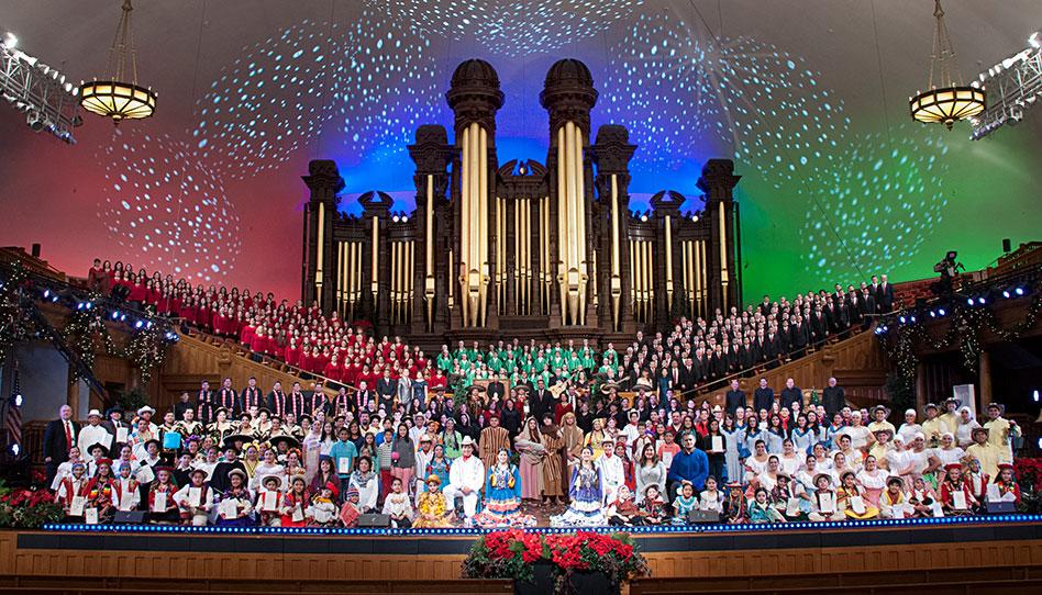 Coro de Luz de las Naciones cautiva a miles de personas