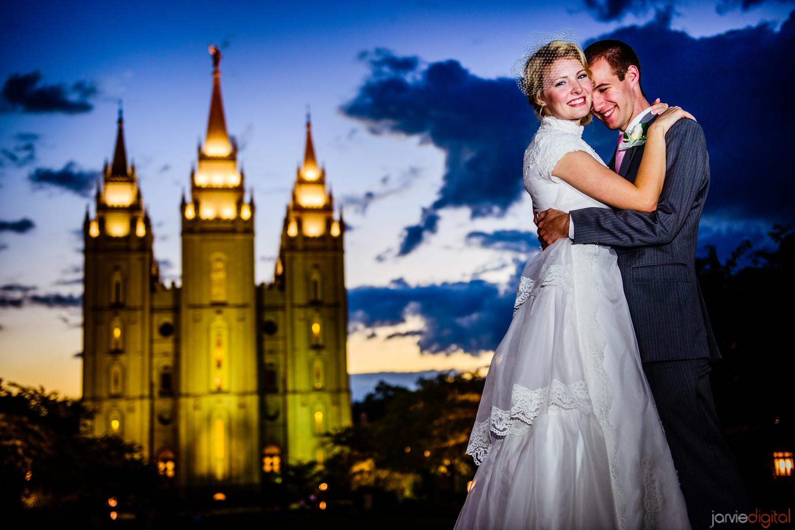 8 razones por la que la mayoría de los mormones se casan jóvenes