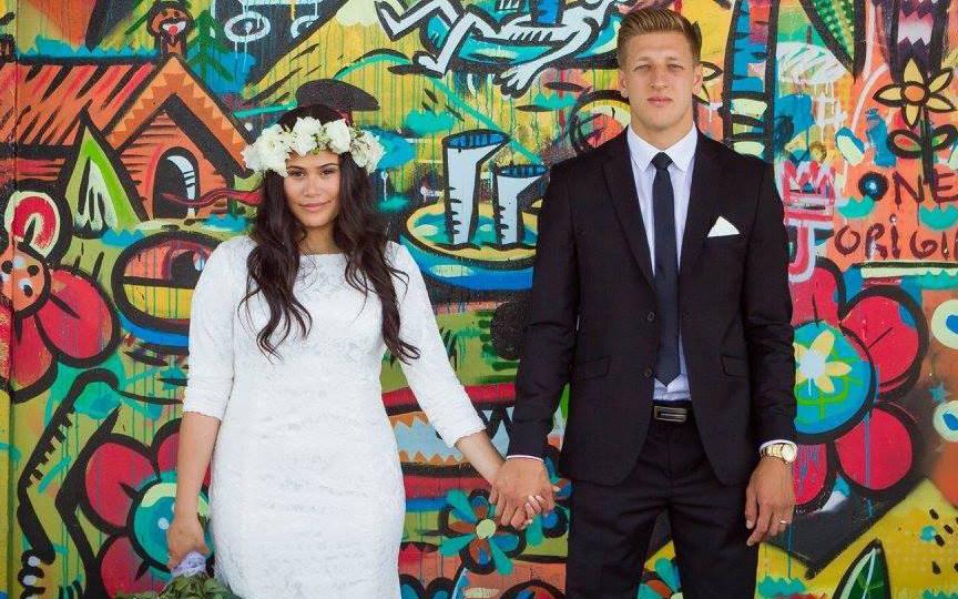 Video de pareja mormona el día de su boda se vuelve viral