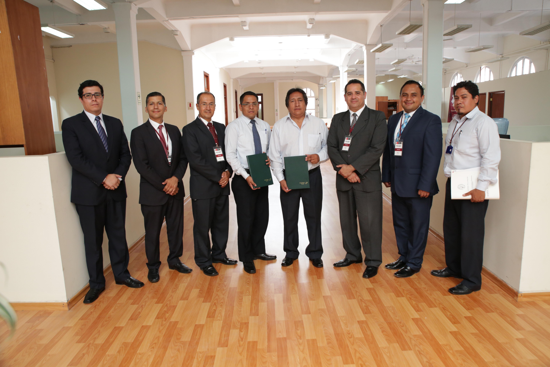 Mormones ayudan a digitalizar registros civiles en Perú