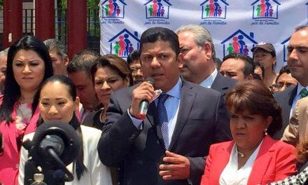 Diputados mexicanos responden a los líderes mormones en cuanto a su defensa de la familia