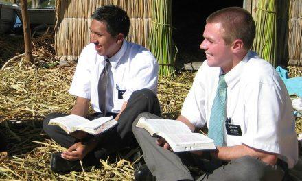 Lo que no sabía que hacían los misioneros mormones