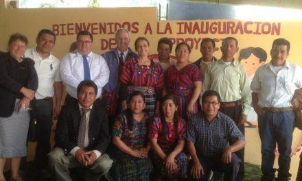 Mira lo que hicieron mormones por una escuela en Guatemala