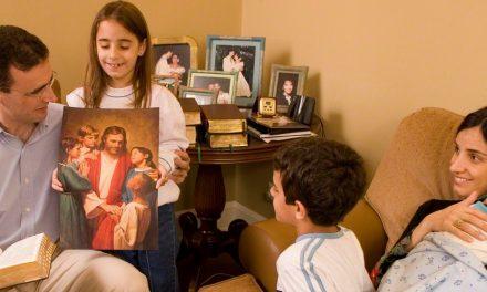 5 formas extraordinarias para enseñar el Evangelio a los niños
