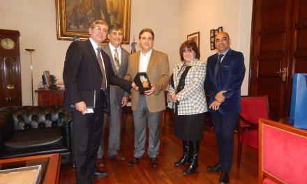 Vicegobernador de Córboba, Argentina se reúne con líderes mormones