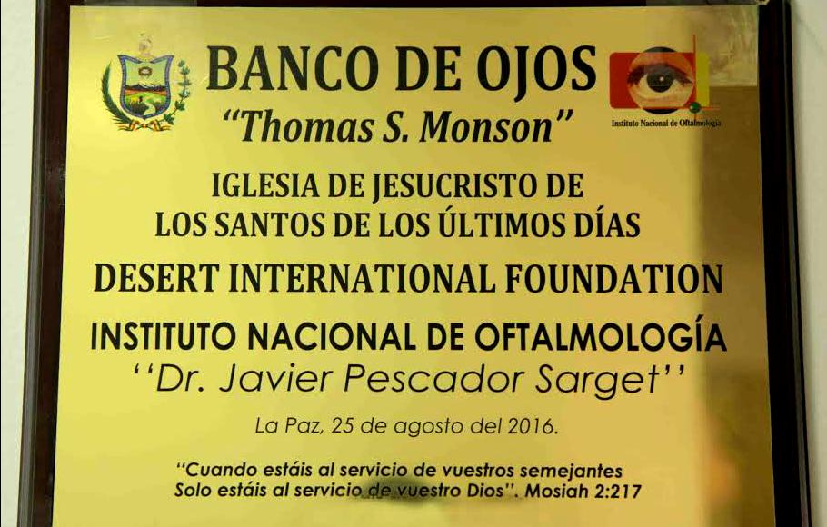 """El primer banco de ojos de Bolivia se llama """"Thomas S. Monson"""""""