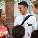 Ex-sacerdote católico defiende a mormones