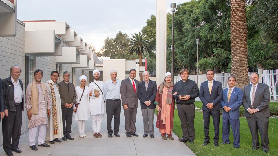 Mormones, budistas, judíos, católicos, entre otros se unen para orar en México