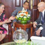 Primera Dama de Honduras y élder Oaks