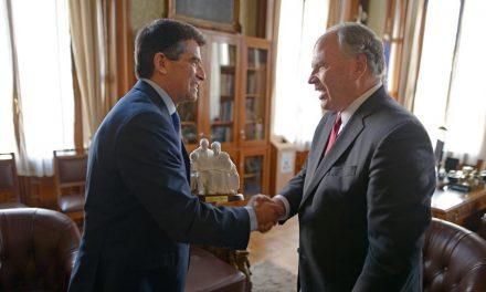 Elder Rasband se reúne con líderes políticos y religiosos en Argentina, Uruguay y Paraguay