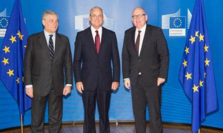 """Élder Patrick Kearon en la Cumbre de la Unión Europea: """"Ser refugiado no define quien es esta gente"""""""