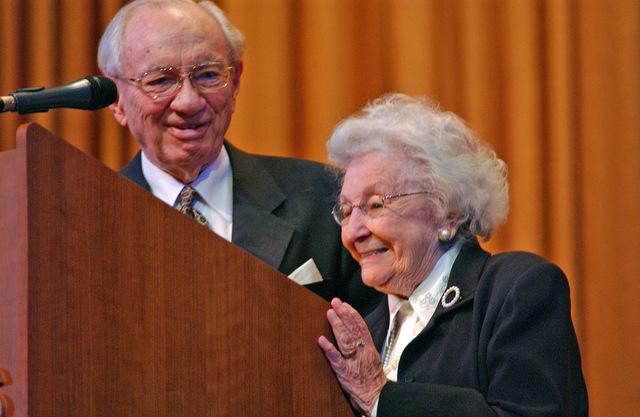 Cuando Gordon B. Hinckley propuso matrimonio y solo tenía $150 a su nombre: La respuesta de Marjorie fue todo