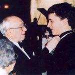 El nieto del presidente Hinckley continúa con el legado