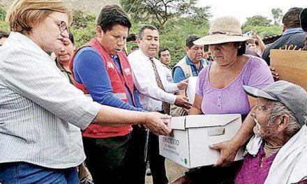 Mormones y Primera Dama auxilian a damnificados por lluvias en Perú
