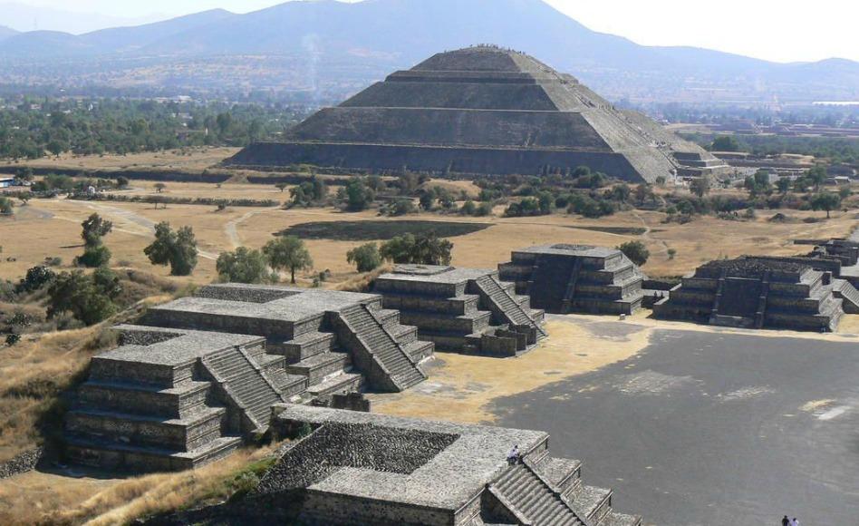 Piramides de Teotihuacan, México La Arqueología del Libro de Mormón