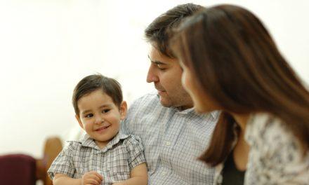"""Por qué """"exijo"""" mis creencias a mis hijos"""