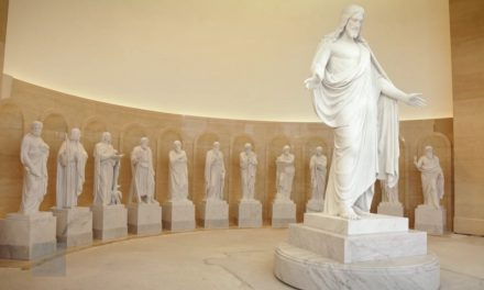 Estatuas de Cristo y de los Doce Apóstoles estarán en el Templo de Roma (Centro de Visitantes)