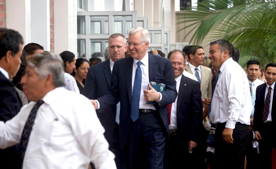 Lo que dijo el Élder Christofferson sobre la iglesia en Ecuador, Colombia y Venezuela