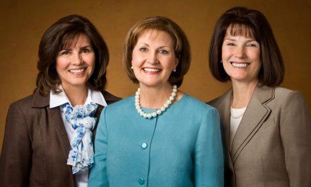 5 grandes cambios en la Sociedad de Socorro durante la presidencia de Linda K. Burton