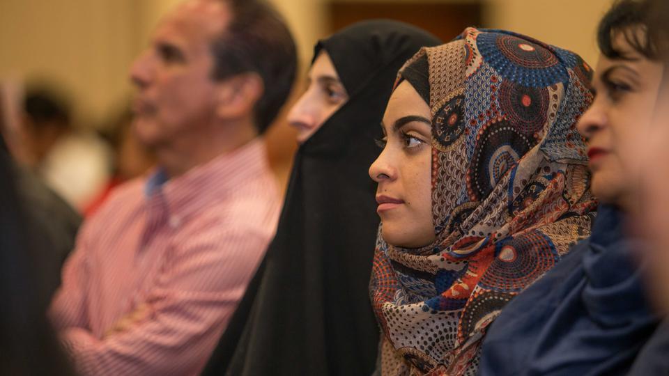 Musulmanes en iglesia mormona.