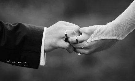 El adulterio sigue siendo visto como moralmente incorrecto… Pero estos otros comportamientos controvertidos han ganado aceptación