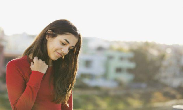 7 maneras de ayudar a los introvertidos a sentirse más cómodos en la iglesia