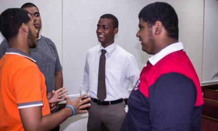 Lo que hacen estos jóvenes mormones por personas autistas en República Dominicana