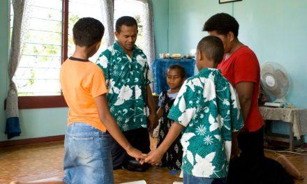 7 Maneras de ayudar a tus niños a ser más fuertes e independientes en el evangelio