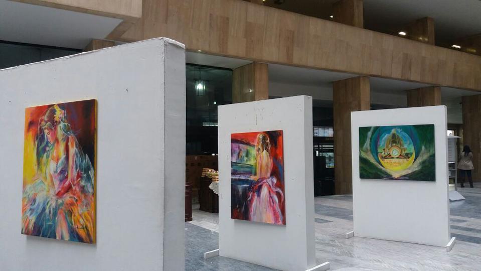 mormona y su brillante exposición artística
