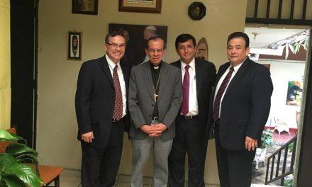 Mormones se reúnen con Cardenal  para fortalecer lazos en El Salvador