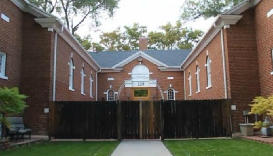 iglesias convertidas en hogares