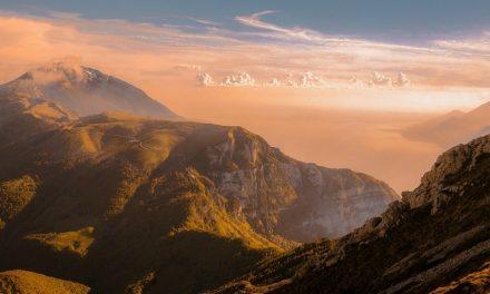 Artículos de fe. Primera parte: La naturaleza de Dios