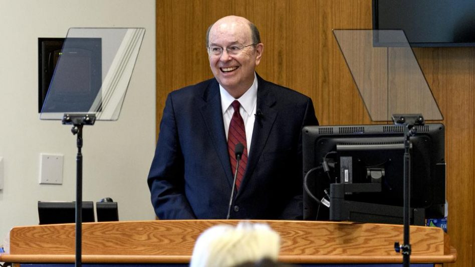 Élder Cook fue el orador de apertura en seminario teológico de Princeton