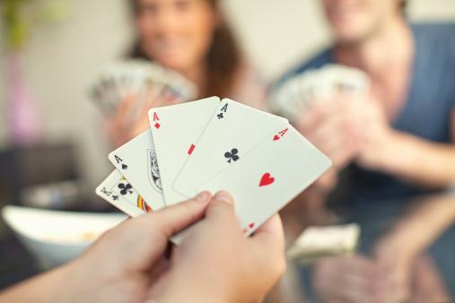 Lo que los profetas han dicho respecto al juego de cartas