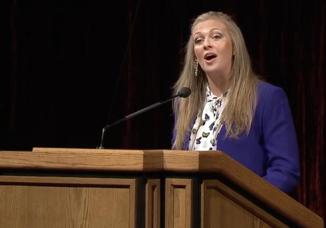 ¿Por qué las mujeres mormonas fuertes permanecen en la iglesia?