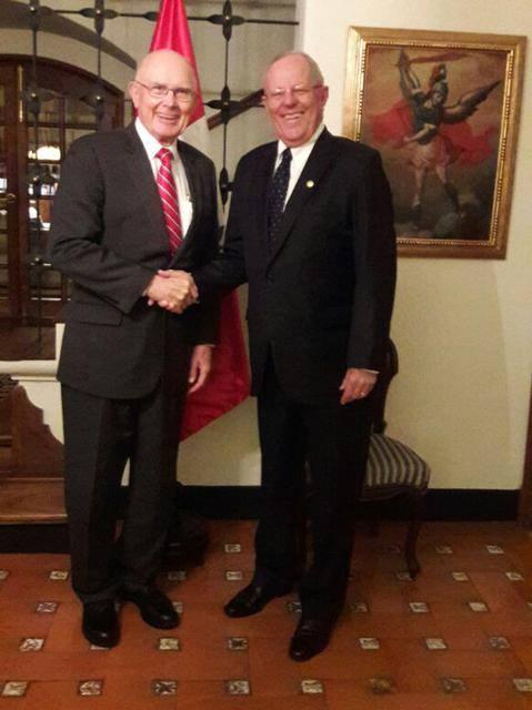 Pedro Pablo Kuczynski recibe a lideres mormones