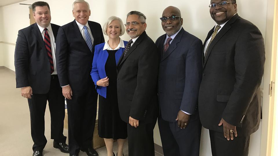 Hermana Marriott se reúne con otros líderes de fe y periodistas religiosos