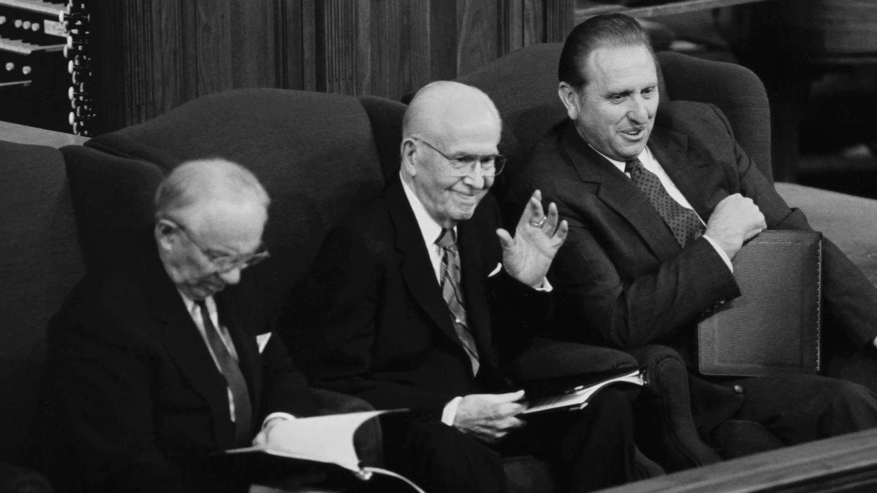 Cuando el profeta no asiste a la Conferencia General thomas s monson