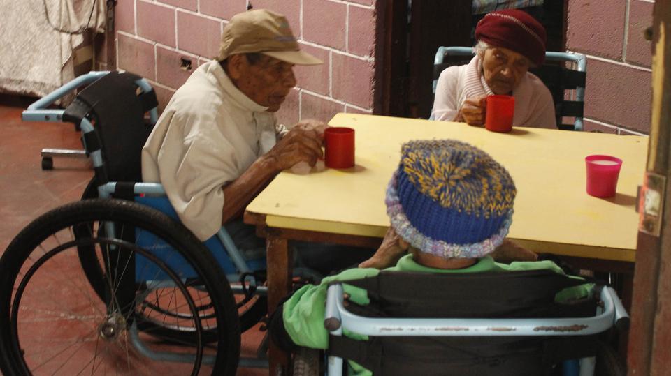 hogar de ancianos
