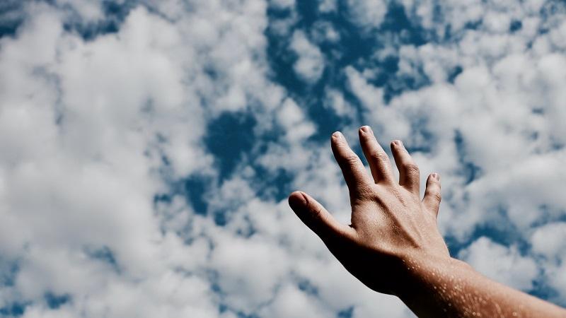 El sentimiento inesperado que tuve cuando le di un apretón de manos a un apóstol