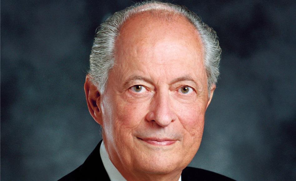Se anuncian los servicios funerarios del élder Robert D. Hales
