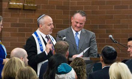 Mormones Prestan Su Centro De Reuniones A Judíos Mientras Su Sinagoga Está En Reparación
