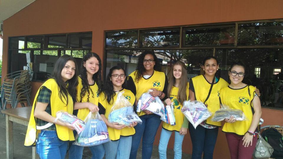 jovencitos mormones en Costa Rica