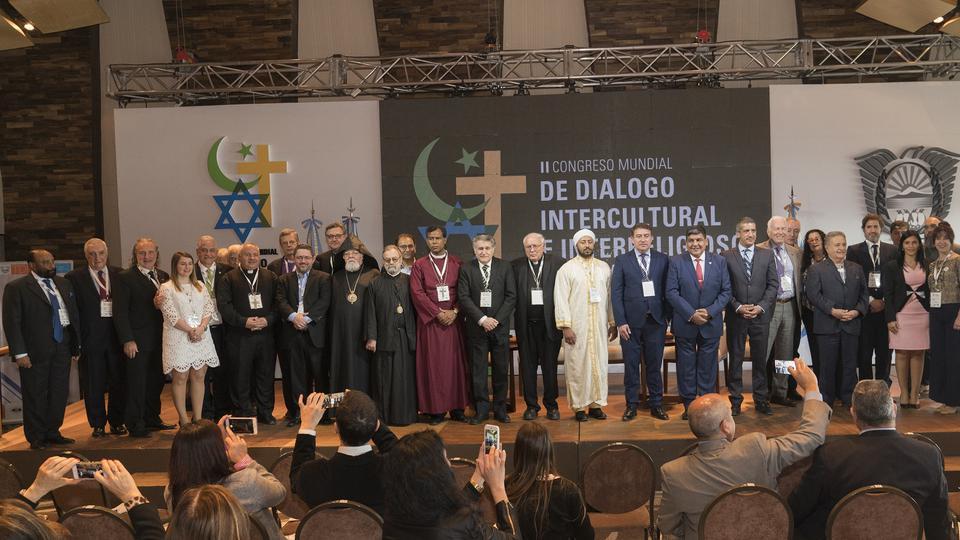 Líderes Mormones Y Otros Líderes Religiosos Reunidos Por La Paz En Argentina