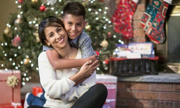 12 Ideas divertidas y económicas de decoración navideña